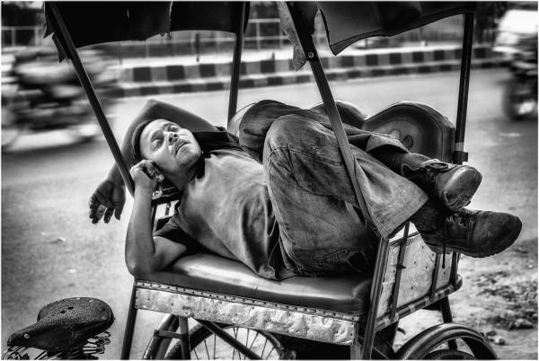 """""""Coup de fatigue"""" Jean Claude Bertin / Sté Havraise de Photographie 2e 50pts"""