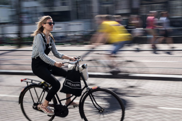 """""""A Amsterdam"""" Arnaud Serander / Photo Club Rouennais 15e 45pts"""