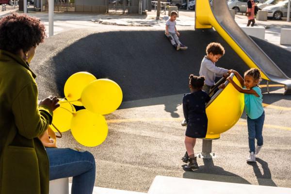 """""""Ballons jaunes"""" Jean Louis Lemasson / Groupe Photo Région de Vernon 19e 44pts"""